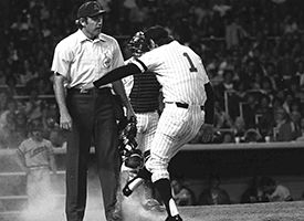 BILLY MARTIN KICKING DIRT ON UMPIRE